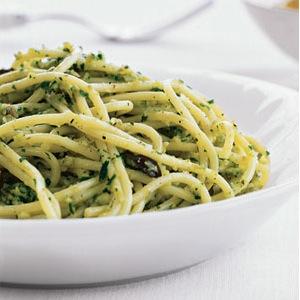 Espaguetis con Pesto Recetas Alsolajero.com 4